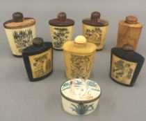A collection of Chinese snuff bottles,