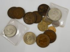 An 1893 half sovereign and a small quantity of miscellaneous coins