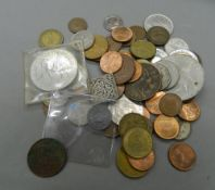 A quantity of miscellaneous coins