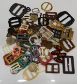 A small quantity of buckles