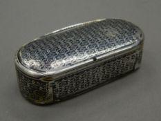 A Continental silver and niello snuff box. 7.5 cm wide (48.4 grammes).