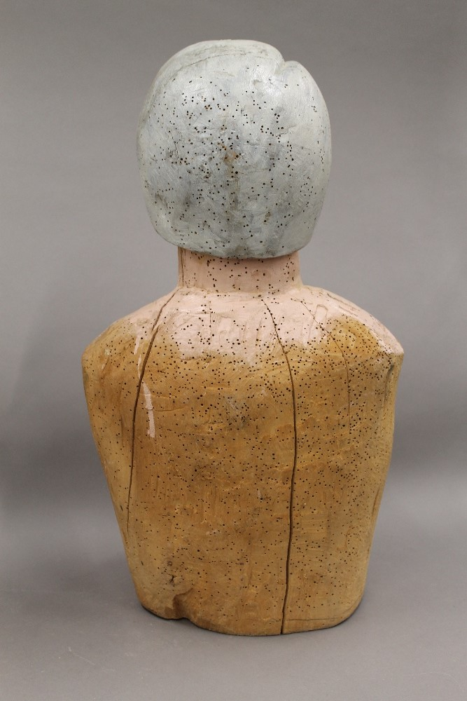 Two Folk Art painted carved wooden busts, one male, the other female. The male 52.5 cm high. - Image 5 of 5