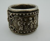 A Chinese archers ring. 2.5 cm high.