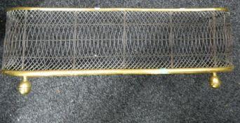 A 19th century brass fender. 82 cm wide.