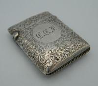 A silver vesta. 4.5 cm high (21.