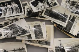 A quantity Chinese photographs.