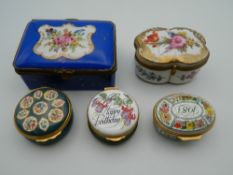Five various enamel and porcelain boxes. The largest 9 cm wide.