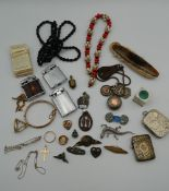A quantity of miscellaneous jewellery, etc,