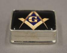 A silver Masonic snuff box. 3 cm wide.