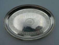 A small Georgian silver tray. 16.5 cm long. 132.9 grammes.