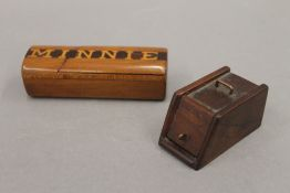 Two vintage treen snuff boxes. The largest 10 cm wide.