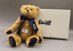 A boxed Steiff collectors bear, William. 29 cm high.
