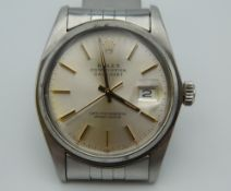 A Rolex Oyster Perpetual Datejust gentleman's wristwatch. 3.75 cm wide.