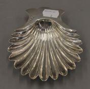A silver butter shell. 11 cm wide. 77.5 grammes.