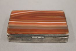 A 925 silver agate cigarette box. 7.5 cm wide.
