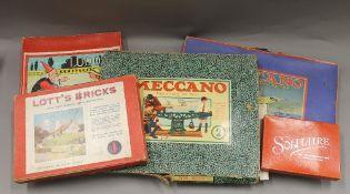 A quantity of vintage games
