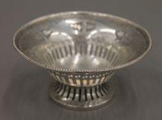 A silver bon bon dish. 12.5 cm diameter. 70.7 grammes.