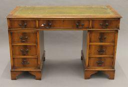 A modern pedestal desk. 121 cm wide.