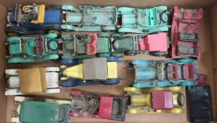 Collection of Matchbox models of a Yesteryear, other die-cast veteran cars, in one box