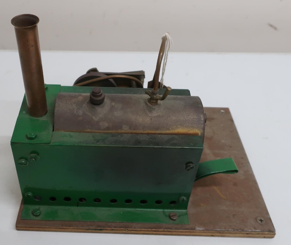 Live steam single cylinder engine with burner, in Bowman Models wooden box - Image 2 of 2