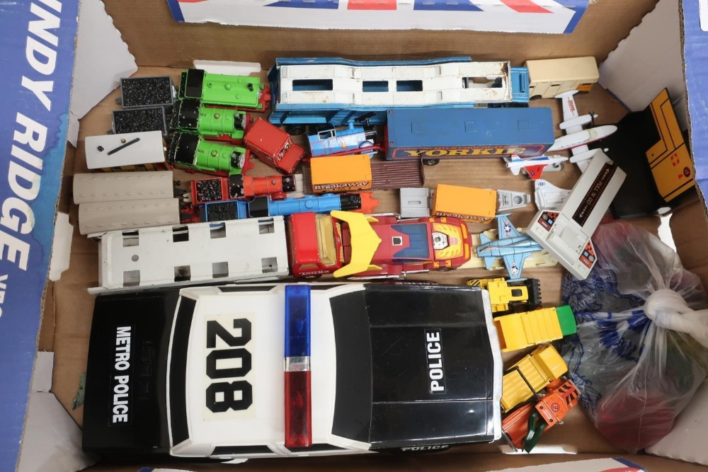 Large scale Funrise Model American police car, seven Thomas the Tank Engine die-cast models, Tonka - Image 2 of 2