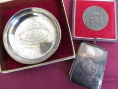 """Garrard & Company Ltd presentation medal """"Three Counties Agricultural Society"""" in case, and a silver"""