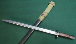 Enfield 1907 bayonet with 17 inch blade stamped with crayoned VR Wilkinson 1907 complete with