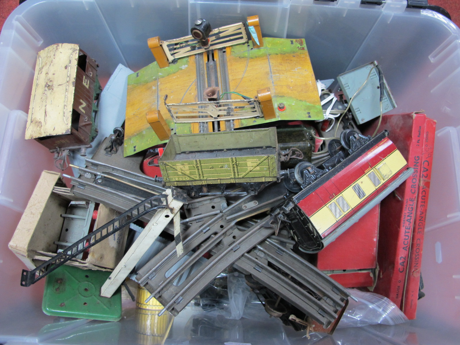 Lot 180 - A Quantity of 'O' Gauge/7mm Rolling Stock, Spares and Accessories, by Hornby, Peco and others,