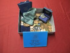 A Quantity of Mainly G.B. Pre-Decimal Base Metal Coins, including Halfpennies, Pennies, Threepences,