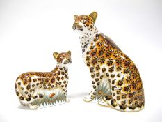 A Royal Crown Derby Paperweight 'Leopardess' a Signature edition of 950 for Goviers, gold stopper,