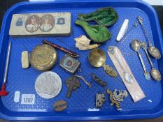 Pwllheli Vesta Case, Conway 'Dinkie 550' including pen having 14K nib, Meerschaum pipe bowl as a