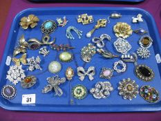 A Mixed Lot of Assorted Costume Brooches, including green and white Wedgwood Jasperware circular