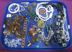 A Mixed Lot of Assorted Costume Jewellery, including bead necklaces, vintage panel bracelet, clip