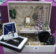 Assorted Costume Jewellery, including diamante, chain belt, bead necklace, vintage Siamese cat