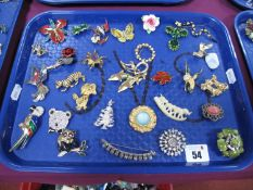 """A Mixed Lot of Assorted Costume Brooches, including """"Fireball"""", """"Miracle"""", Sphinx"""", etc:- One Tray"""