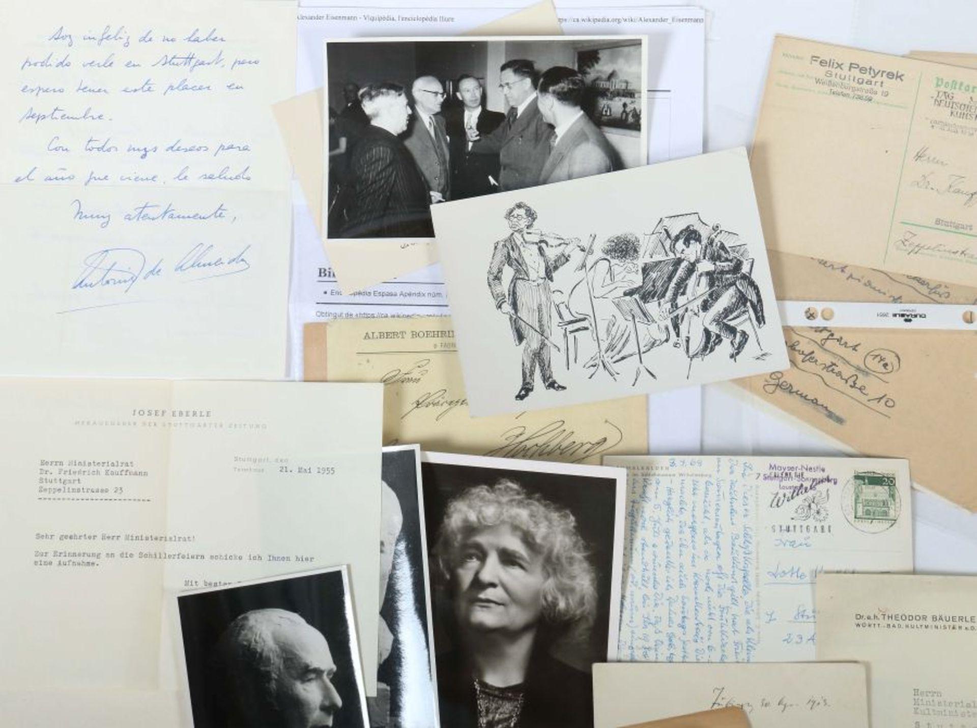 Künstlerkorrespondenzen Hand-/maschinengeschriebene Karten und Briefe u.a. von Felix Petyrek, - Bild 2 aus 5
