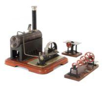 Dampfmaschine Märklin, wohl 4132/5 N, 1928, liegender, stahlblau patinieter Kessel, Pfeife,