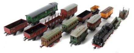 Konvolut Eisenbahnen Spur 0, 1 x Zeuke-Lok T55, Kunststoff, L: 21,5 cm; 2 x Zeuke-Güterwagen: