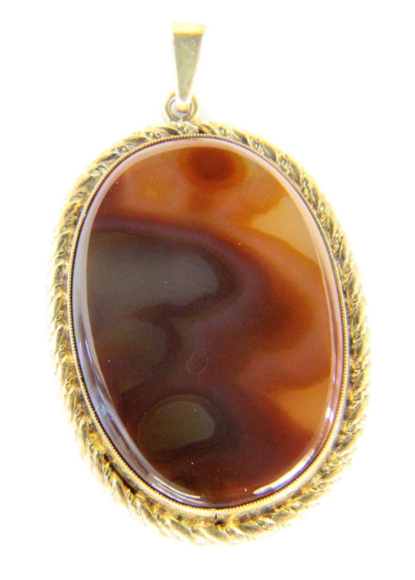 ANHÄNGER MIT ACHATSilber vergoldet. 50x30mmA PENDANT WITH AGATE Silver, gold-plated. 50 x 30 mm.