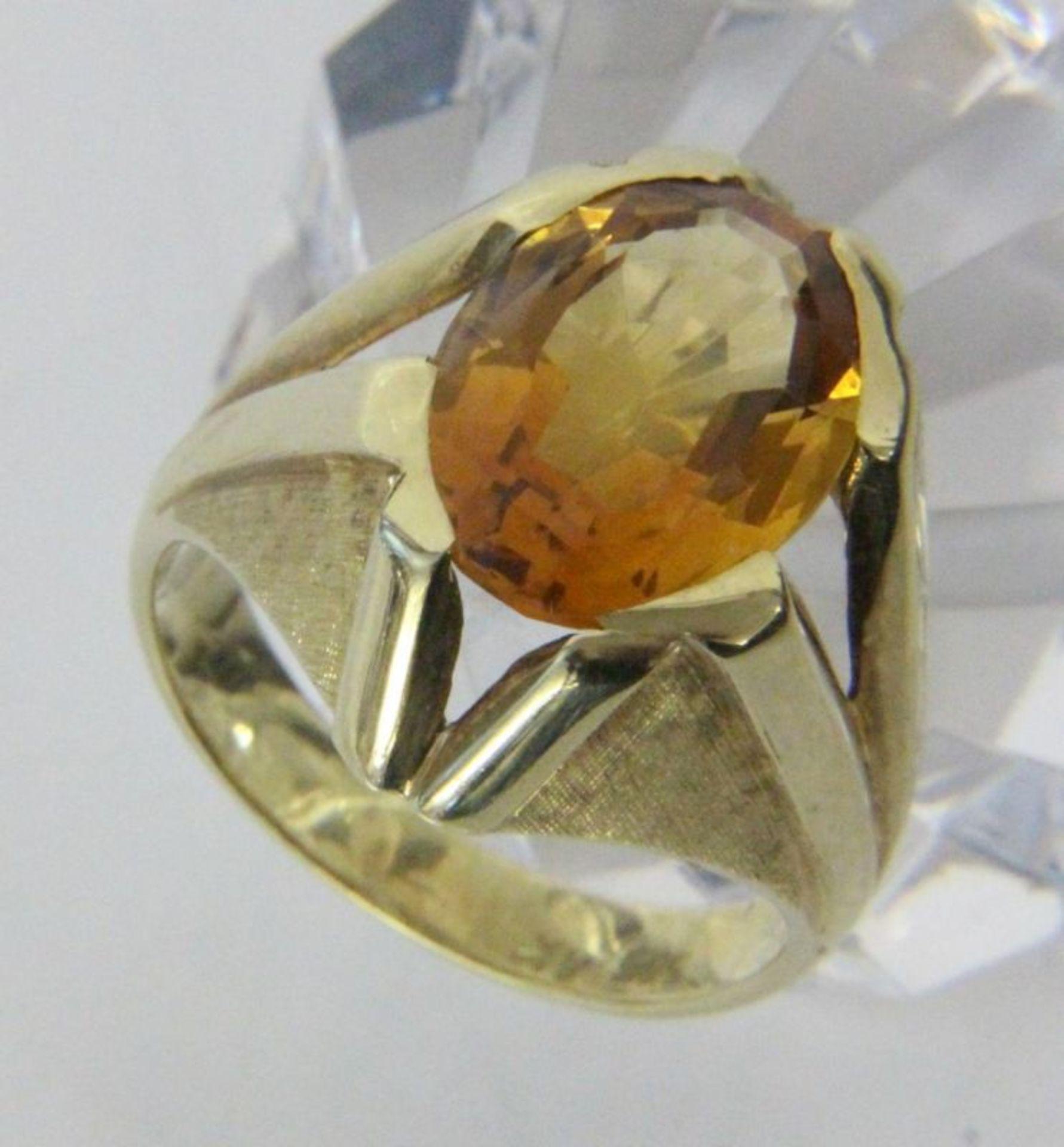 DAMENRING585/000 Gelbgold mit Citrin. Ringgr. 57, Brutto ca. 8,7gA LADIES RING 585/000 yellow gold
