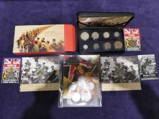 Cased set of WWI coinage, WWI pennies, 2 X £2 pieces, 2 X Shillings and a Penny