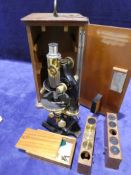 A G. Reichert of Vienna late 19th/early 20th century Microscope, number 41899, black enamelled