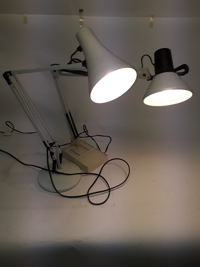 Lot 184 - Angle Poise Lamps, two white angle poise lamps both working at the time of cataloguing, G, (2)