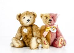 A Steiff limited Club edition gold/rose Teddy Bear, 7088 for 1999, in original box with certificate;