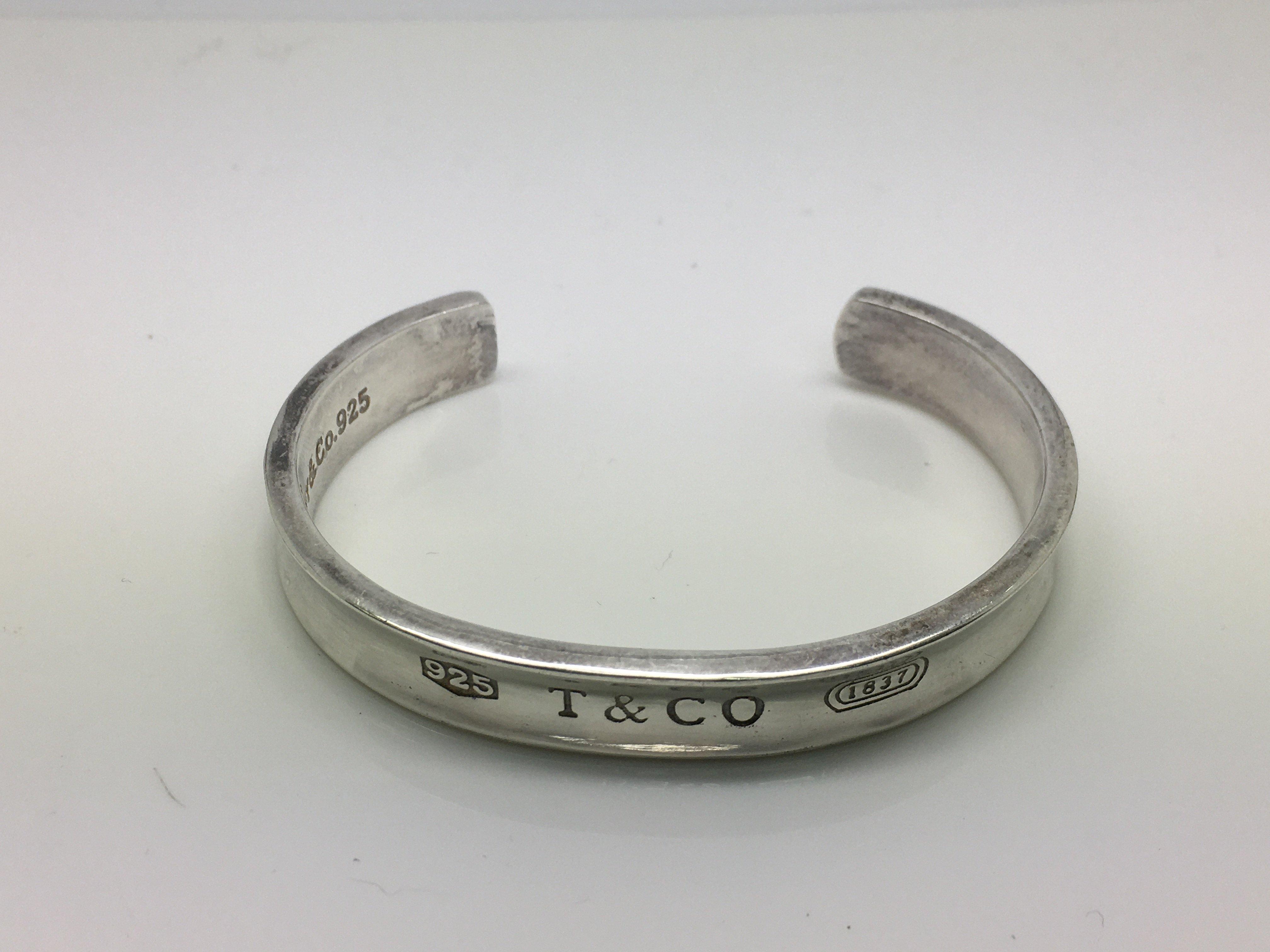 Lot 18 - A Tiffany & Co sterling silver cuff bangle.