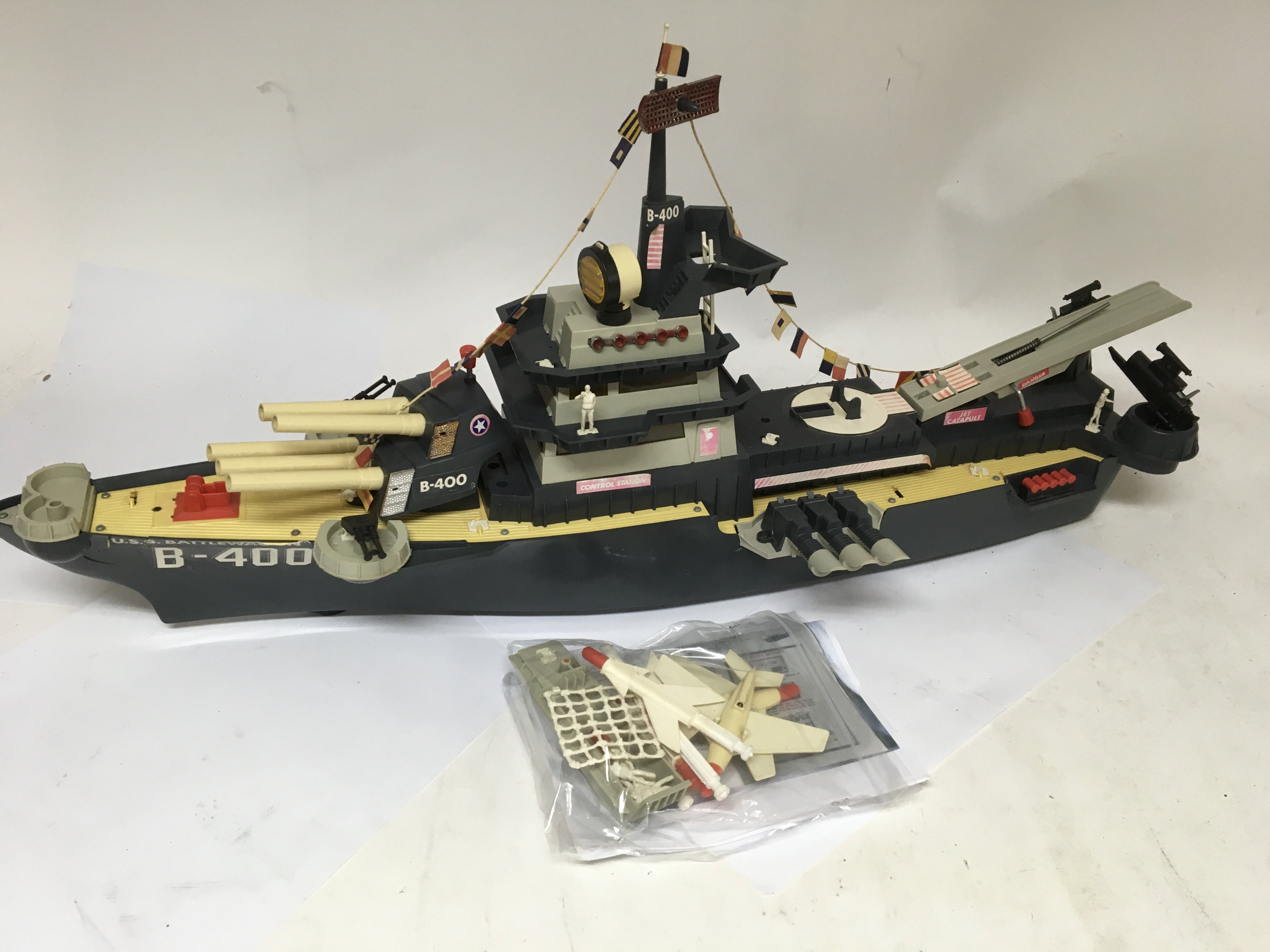 Lot 271 - Marx toys, Deluxe, Battle boat, The USS Battlewago