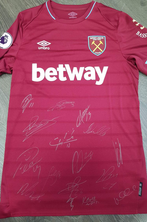 Lot 3 - Signed West Ham shirt - full squad signed home shirt season 2018/19 Official autographed item,