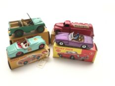 """4 Dinky cars #340 a Land-Rover, 440 a Tanker """"Mobi"""