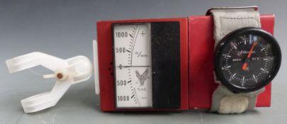 Hang glider or similar aviation variometer and altimeter