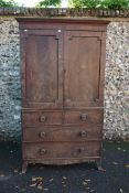 (THH) A George III mahogany linen press, with outswept bracket feet, 121cm wide x 210cm high x